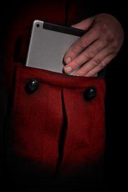 Red-Coloured Cashmere-lined pocket