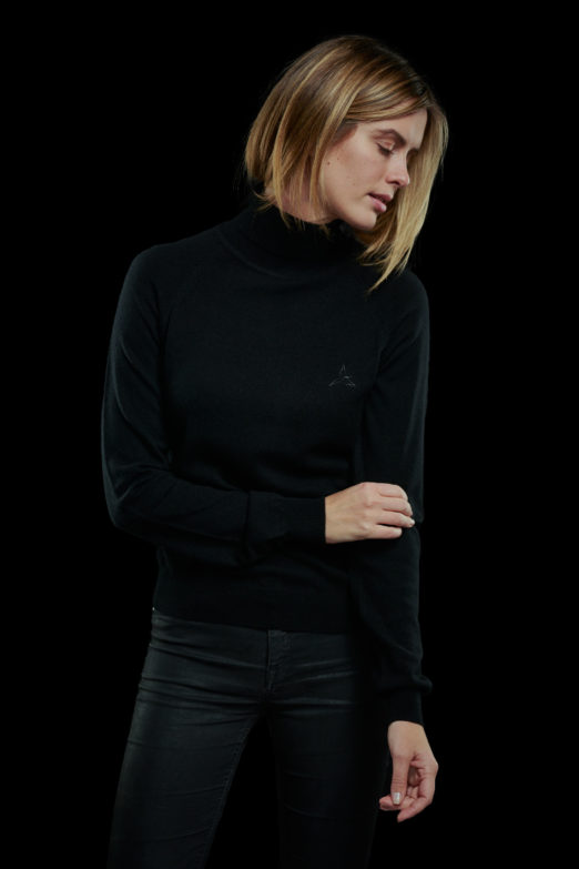 black cashmere turtleneck pullover