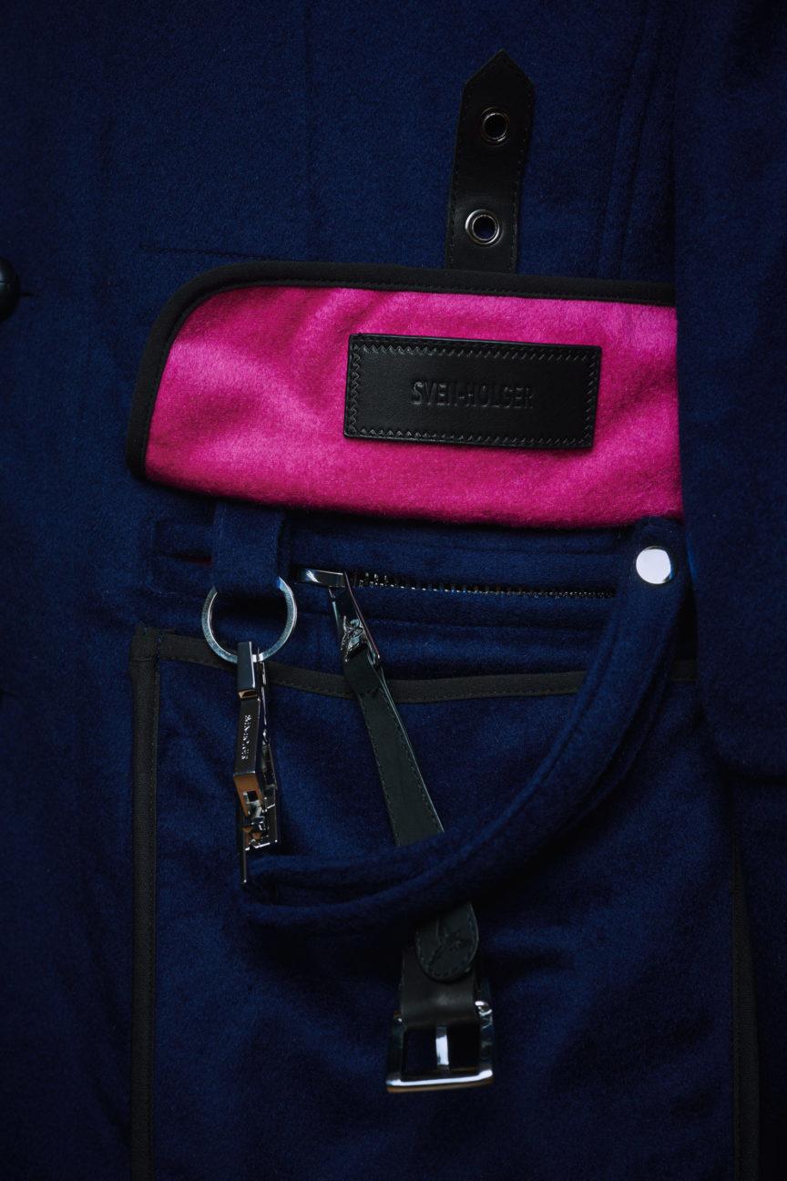 Tasche im iPad-Format mit Schlüsselkarabiner